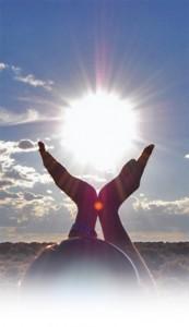 sun-in-hands